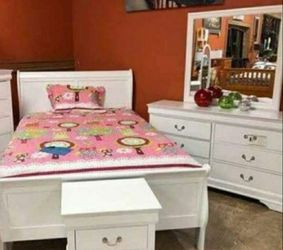 🚛SAMEDAY DELIVERY 🚚HOT DEAL] Louis Philip White Sleigh Bedroom Set 2 for Sale in Laurel,  MD