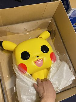 Pikachu FUNKO POP 18 inch (New-other) for Sale in Chicago,  IL