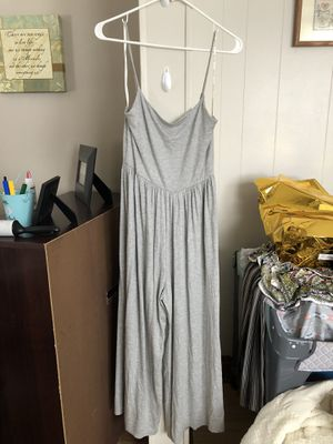 Gray Jumpsuit. Rolla coster for Sale in Cicero, IL