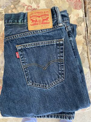 Levi 514 Jeans 33x30 for Sale in Pewaukee, WI