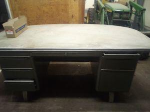 Desk for Sale in Bedford, VA