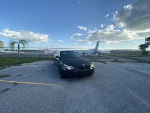 Bmw 530i 2005yeat for Sale in Englewood, FL