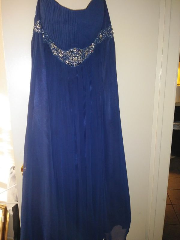 Used Navy Blue Women's Formal gown