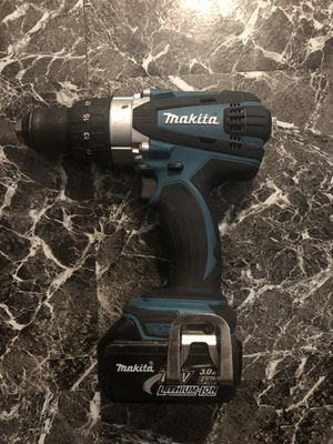 Makita drill w/ battery for Sale in Columbus, OH