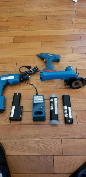 I am saleing a set of makita tools work perfect with battiries and charger. for Sale in Los Angeles, CA
