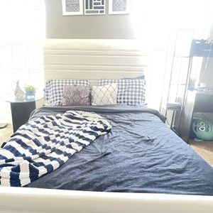 Queen Size Leather White Bed with Mattress And bunkie Board for Sale in Norcross, GA
