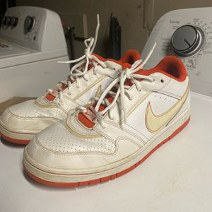 Nike sb dunks for Sale in Lakewood, CA