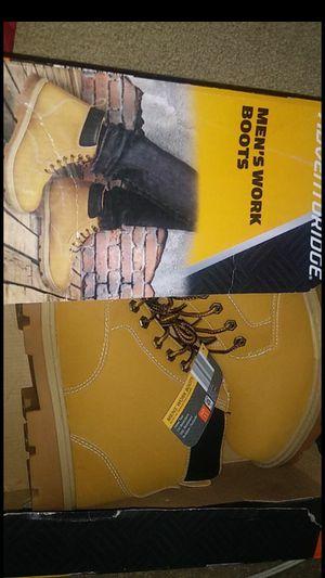Adventuridge steel toe work boots size 11 for Sale in Menifee, CA