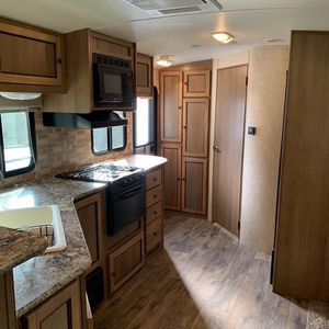 Camper Trailer 2014 Super Clean for Sale in Deltona, FL