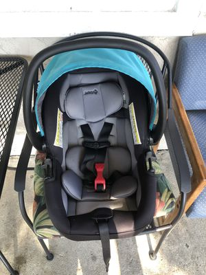 Baby car seat for Sale in Santa Ana, CA