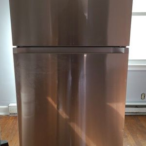 Samsung Refrigerator 21 cu ft for Sale in Lemoyne, PA