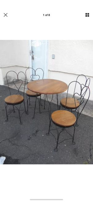 Vintage ice cream dining room set for Sale in New York, NY
