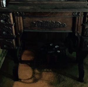 Antique sewing machine for Sale in Jurupa Valley, CA