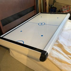 Air Powered Hockey Table for Sale in Bonita, CA
