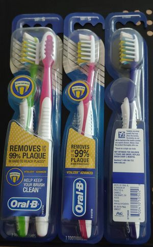 Oral-B Pro Health Vitalizer Advanced Toothbrushes, SOFT, 4 Count for Sale in Torrance, CA