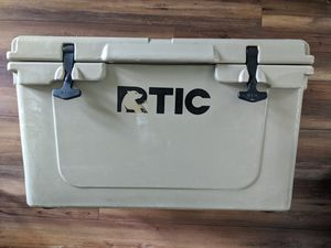 RTIC 45 Cooler for Sale in Land O' Lakes, FL