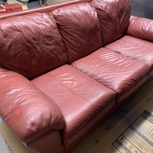 Leather Couch And Loveseat for Sale in Keizer, OR