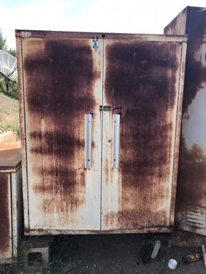 Metal cabinets free for Sale in El Cajon, CA