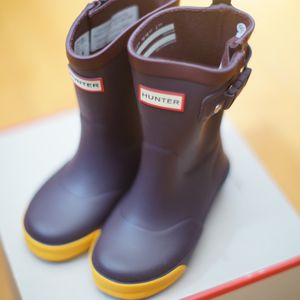 Hunter Davison Rain Boots. Big Kid Size 8/9 for Sale in South El Monte, CA