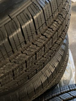 Stock Jeep tires and rims for Sale in Lombard,  IL
