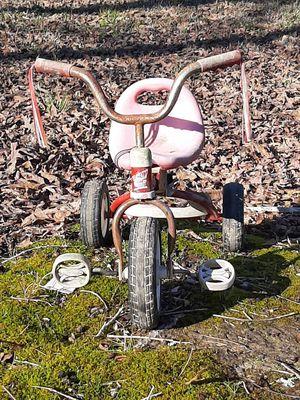 Vintage tricycle for Sale in El Dorado, AR