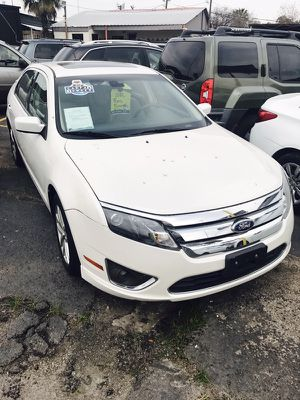 2012 Ford Fusion LOW DOWN for Sale in Houston, TX