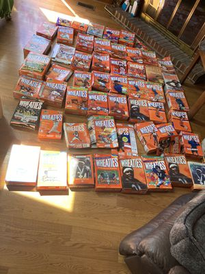 Lot of wheaties cereal boxes over 50 Payton Jordan Packers Woods and more for Sale in River Forest, IL