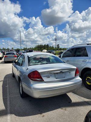 2007 Ford Taurus $1,500 for Sale in Miami, FL
