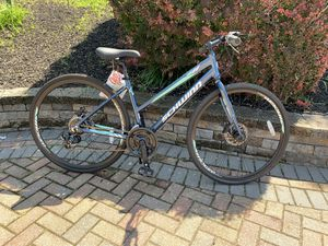 Brand new schwinn hybrid bike size wheel 28 aluminum frame 21 speed for Sale in Westbury, NY