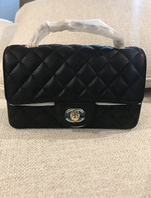 Chanel caviar mini rectangular bag with GHW for Sale in Pico Rivera, CA