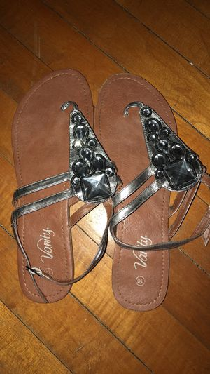 Size 10 Sandals for Sale in Marengo, OH