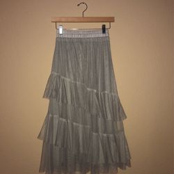 Pretty Tulle GRAY skirt for Sale in San Clemente,  CA