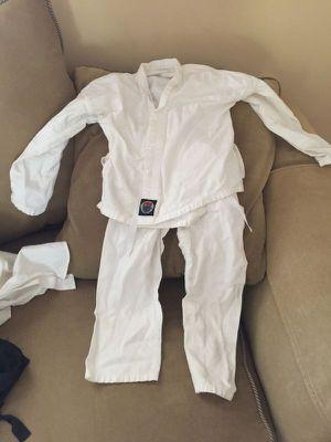 Karate Costume Size Small for kid for Sale in Atlanta, GA