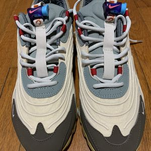 """Travis Scott x Air Max 270 """"Cactus Trails"""" 9,5 Size for Sale in Brooklyn, NY"""