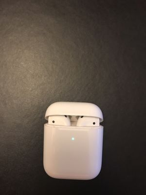 Apple AirPods (2nd gen)with wireless wireless for Sale in Falls Church, VA