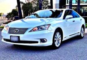 exceptional 2O1O Lexus ES350 for Sale in Harrisburg, PA