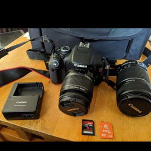 Canon EOS Rebel T3i DSLR with 2 lens (LIKE NEW-LIGHT USAGE) for Sale in Fremont, CA