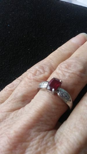 Genuine RUBY Ring size 7. Pick up gatlin and psl blvd for Sale in Port St. Lucie, FL