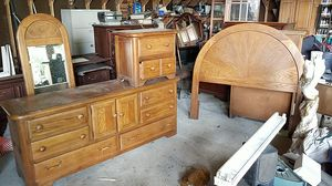 Light wood Bedroom set for Sale in Marysville, WA