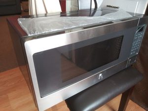 GE Spacemaker microwave oven for Sale in Atascadero, CA