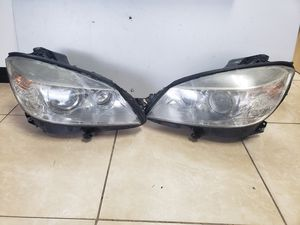 Headlight For 2008-2011 Mercedes Benz C300 Left Black Housing With Bulb for Sale in Orlando, FL