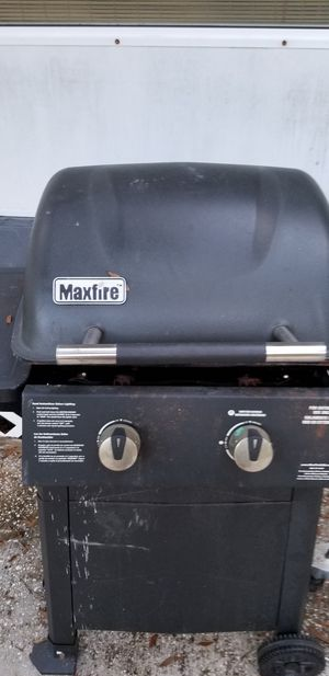 Bbq grill for Sale in Gibsonton, FL