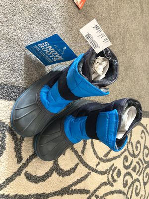 Snow boots youth for Sale in Davie, FL