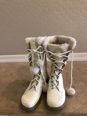 Mudd Snow Boots, Size 8 for Sale in Phoenix, AZ