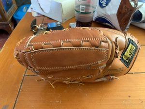 Ron Santo leather baseball glove for left handed person for Sale in Carpentersville, IL