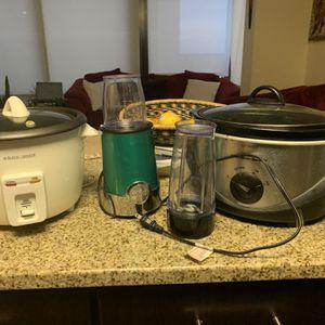 Blender, Rice Cooker And Crockpot Bundle Sale for Sale in Silver Spring, MD