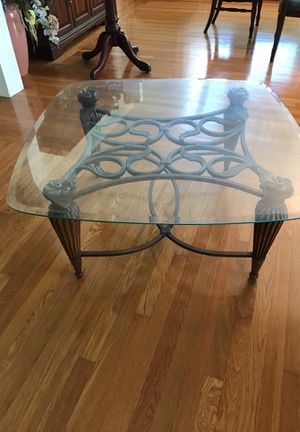 2 glass end tables and 1 coffee table. Excellent condition. for Sale in Fort Meade, FL
