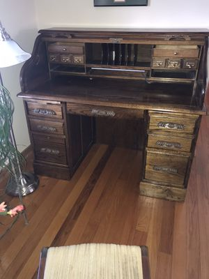 Large Vintage Roll Top Desk- Must sell for Sale in Waterloo, IA