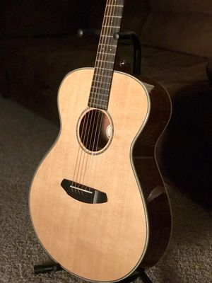New Breedlove concert pursuit acoustic/electric Koa, Ebony. for Sale in Fresno, CA