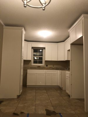 Kitchen Cabinets Seller for Sale in Norcross, GA